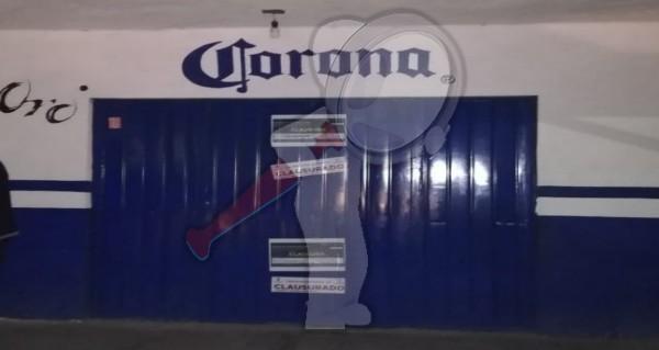 Clausuran bares y comercios tras operativo de inspección en Escobedo