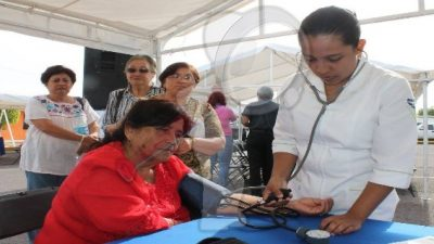 Invita DIF Municipal a Feria de la Salud de la Mujer