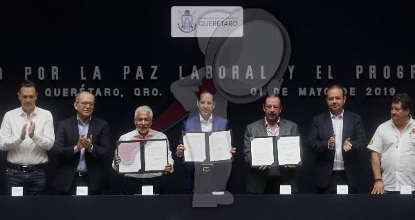 Firma el Gobernador Acuerdo por la Paz Laboral y el Progreso de Querétaro