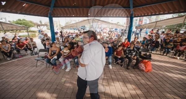 Anuncia Memo Vega puente peatonal para Loma Alta