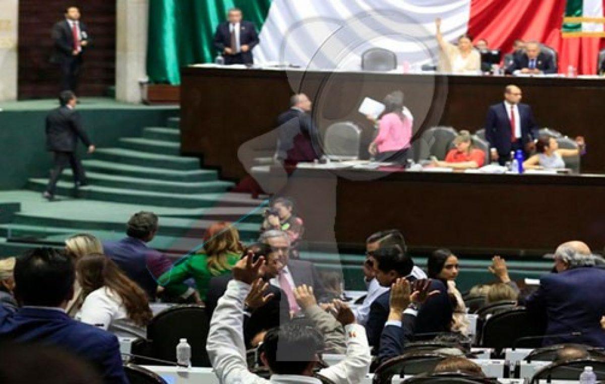 Discuten Diputados Reforma Educativa