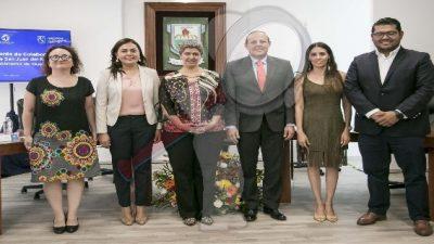 Firman convenio gobierno sanjuanenses y la UAQ