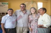Festejan a Adultos Mayores por Día del Padre