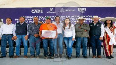 Entrega apoyos por 45 mdp para el campo en Pedro Escobedo