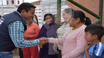 Más obras para comunidades de Pedro Escobedo