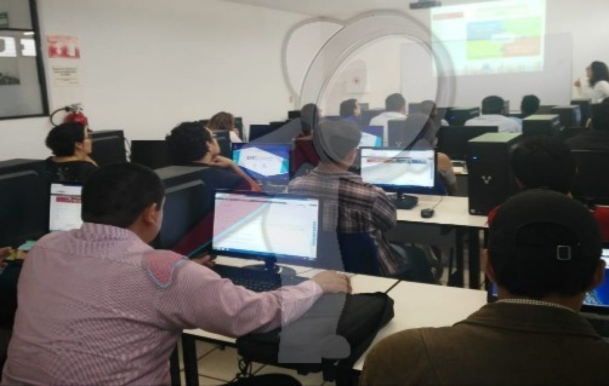 Gobierno de SJR e INEGI imparten taller de consulta de información