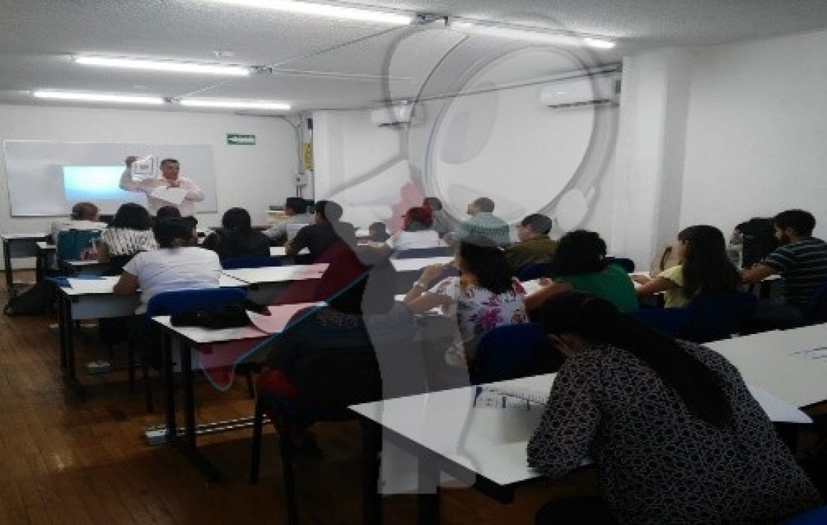 Benefician a emprendedores con talleres financieros