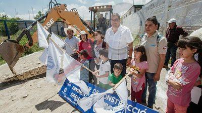 Arranca Memo Vega obras para el progreso de El Coto y El Rodeo