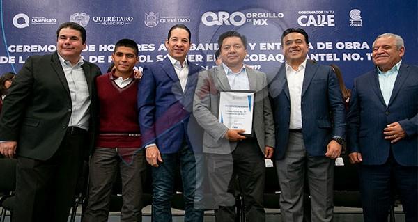 Querétaro número uno a nivel nacional en obra educativa: Pancho Domínguez