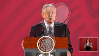 Desmiente AMLO ser socio de 26 empresas en Veracruz