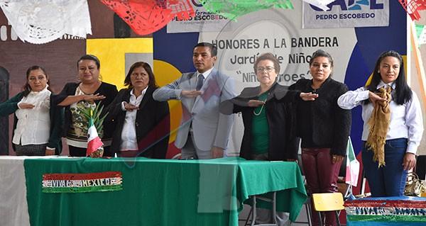 Preside Amarildo Bárcenas honores por el CLXXII de los Niños Héroes
