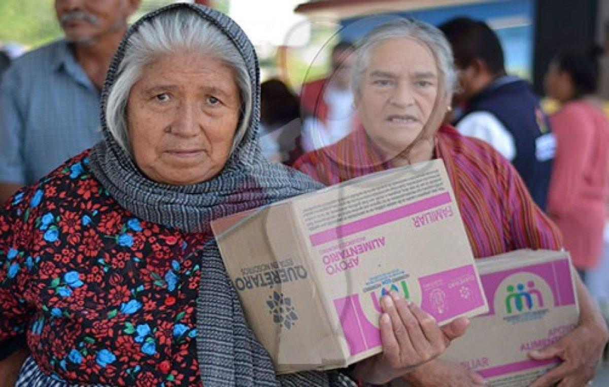 SEDESOQ atiende a 38 mil personas con paquetes alimentarios