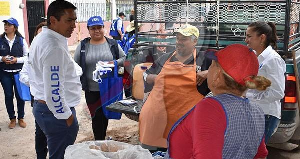 Continua Amarildo Bárcenas en recorrido por comunidades
