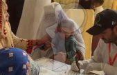 Más de 900 niños contagiados de VIH en Pakistán