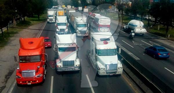 Se escucharán y atenderán demandas de transportistas: AMLO