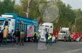 Transportistas de AMOTAC protestan en Cámara de Diputados