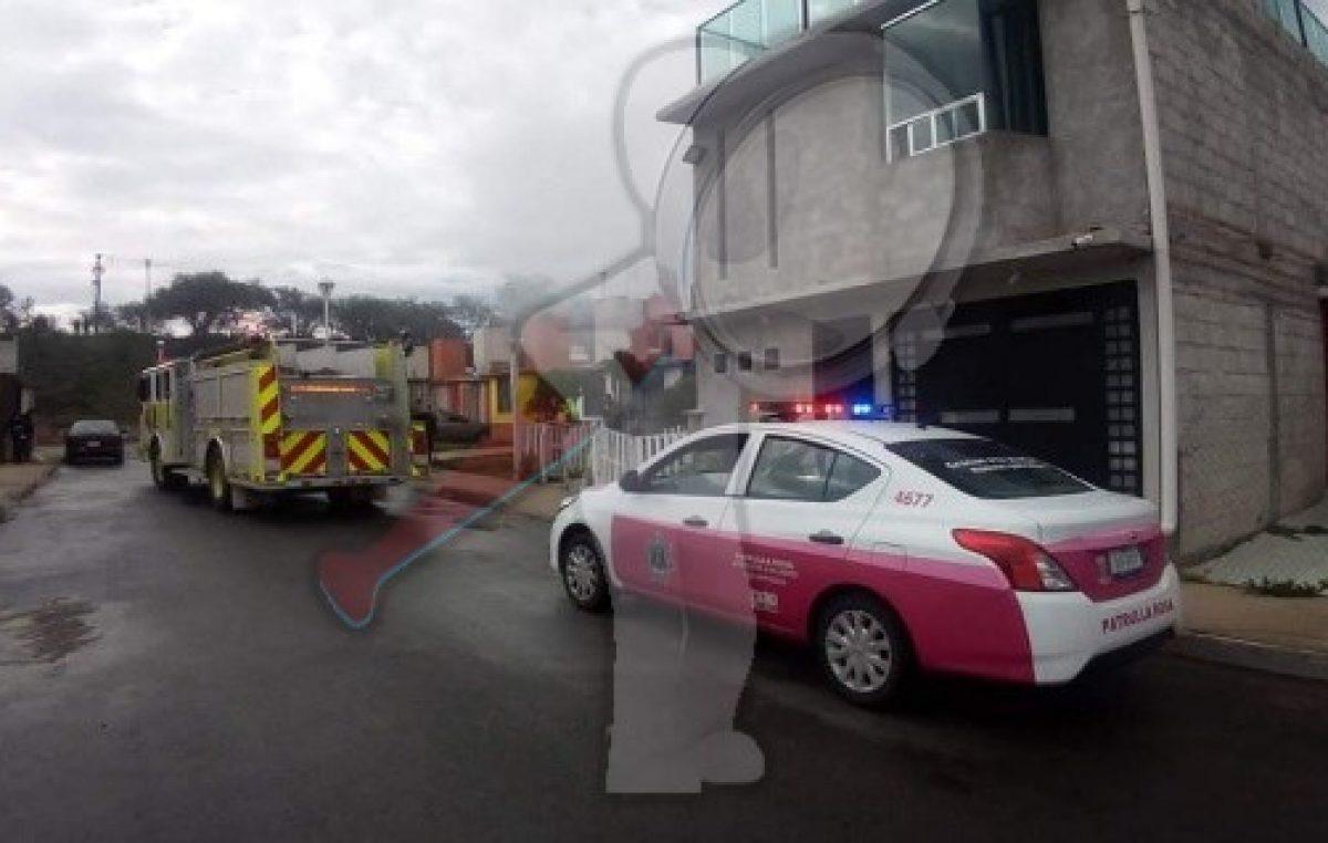 Incendio de casa-habitación en Las Esmeraldas alertó a la población