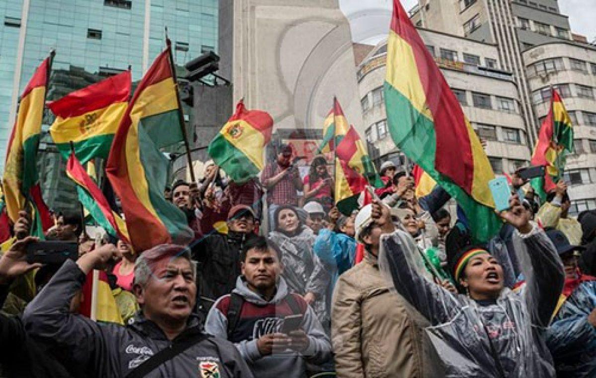 Caos en Bolivia tras renuncia del presidente Evo Morales