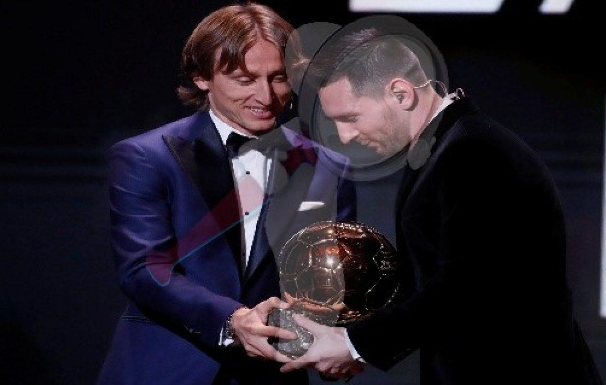 """Lionel Messi gana su sexto """"Balón de Oro"""""""