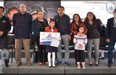 Entregan 210 becas a estudiantes destacados en Pedro Escobedo