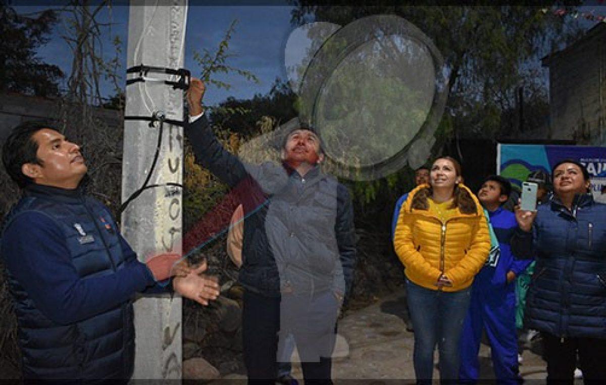 Entregan obras en La D Santa Bárbara Pedro Escobedo