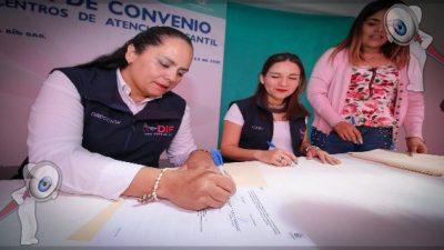 DIF de SJR firma convenio con 11 Centros de Atención Infantil