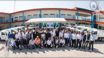 Entrega Memo Vega vehículos utilitarios para varias áreas