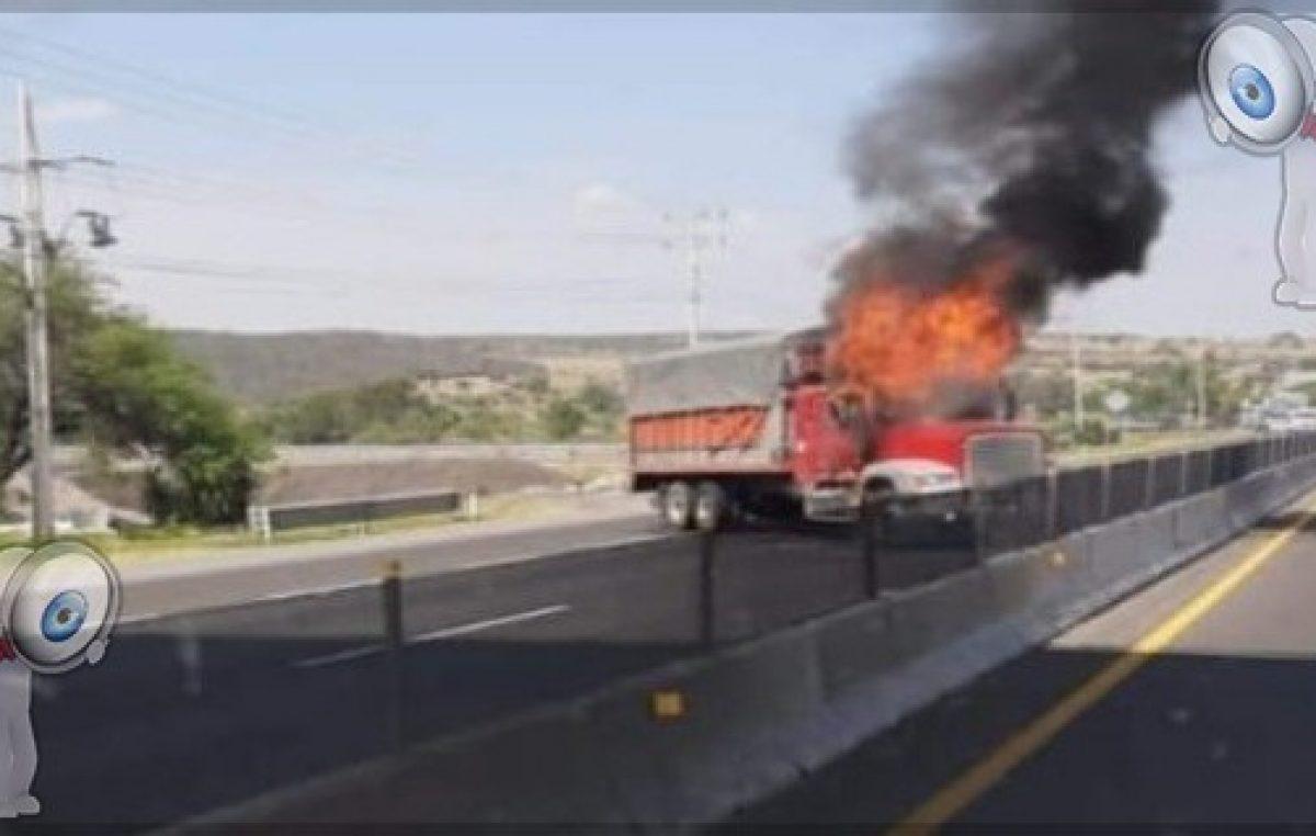 Enfrentamientos en el estado de Guanajuato, hay bloqueos y quema de vehículos