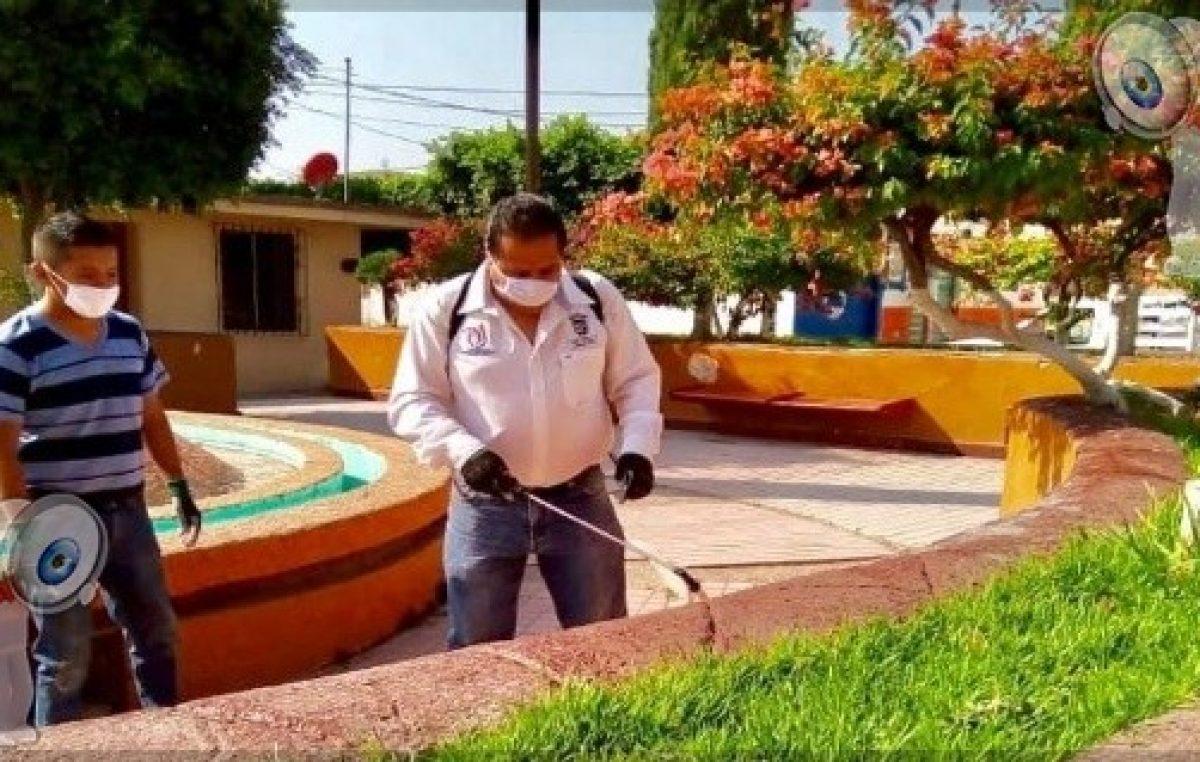 Realizan sanitización de espacios públicos en Pedro Escobedo