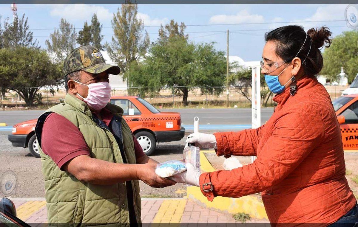 Apoyan a operadores del transporte público en Pedro Escobedo