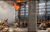 Sismo provoca incendio en refinería de Pemex en Oaxaca