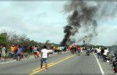 Explota pipa en Colombia mientras saqueaban gasolina