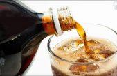 Prevén prohibir venta de bebidas azucaradas menores de edad
