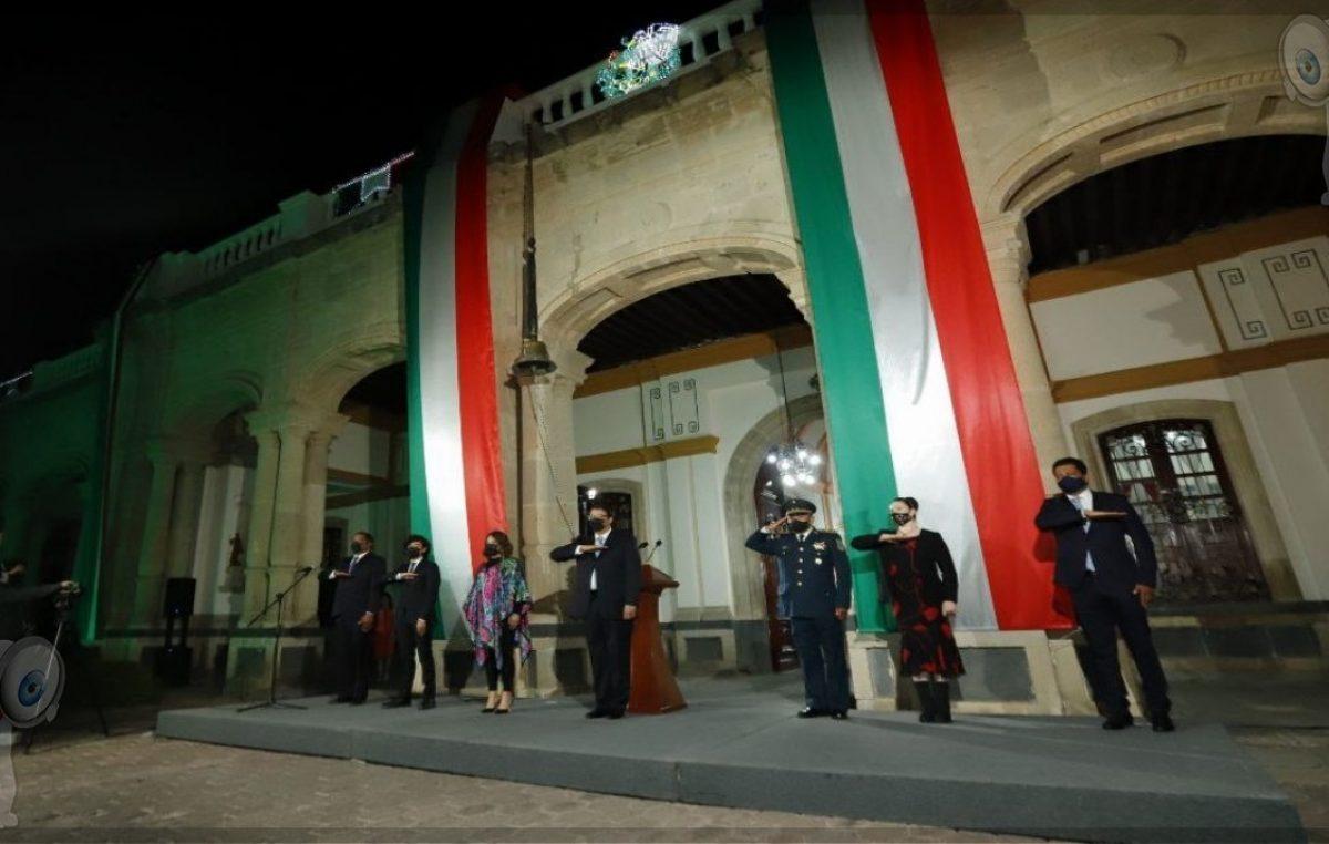 Encabeza alcalde Memo Vega ceremonia de Grito de Independencia