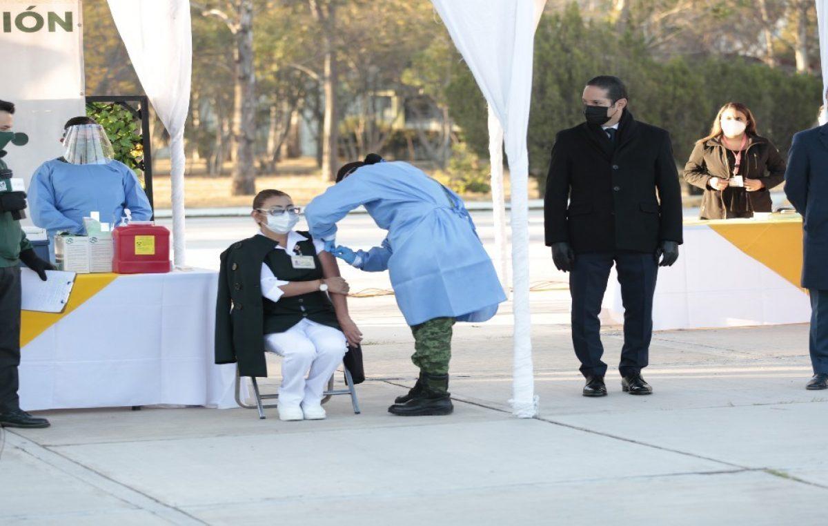 Arranca campaña de vacunación contra COVID-19 en Querétaro