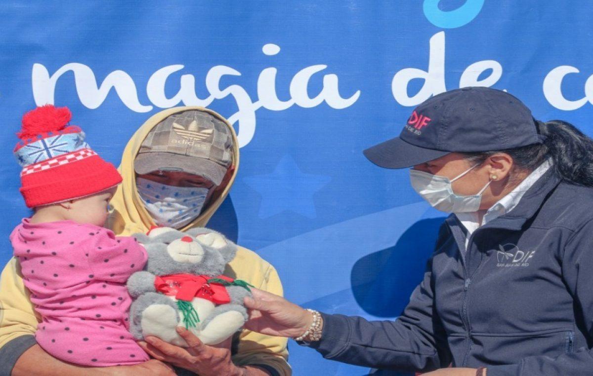 Entrega DIF Municipal de SJR 3 mil juguetes por Día de Reyes