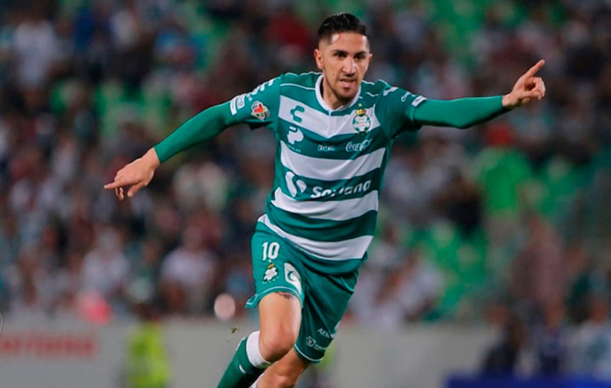 Diego Valdés le da triunfo al Santos sobre Cruz Azul