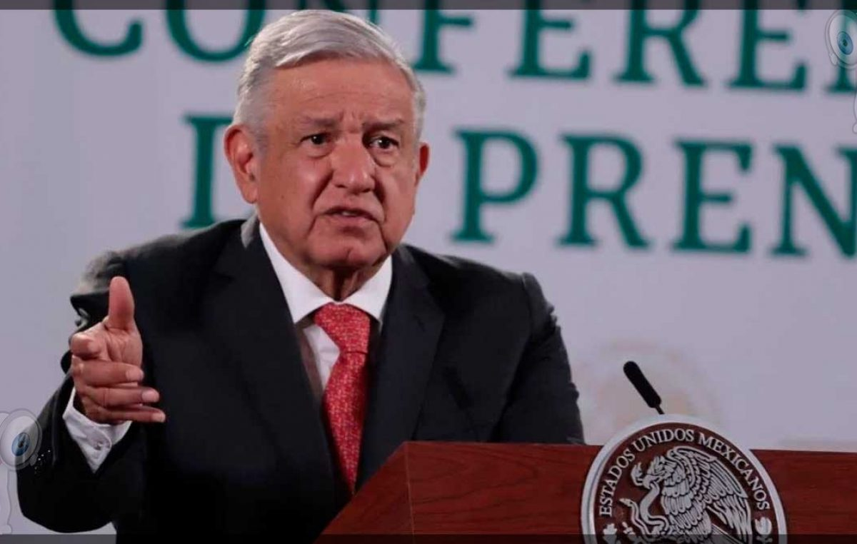 INE atenta contra la democracia: López Obrador