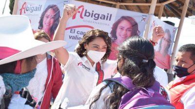 Atenderán 300 doctores en la sierra y semidesierto: Abigail Arredondo