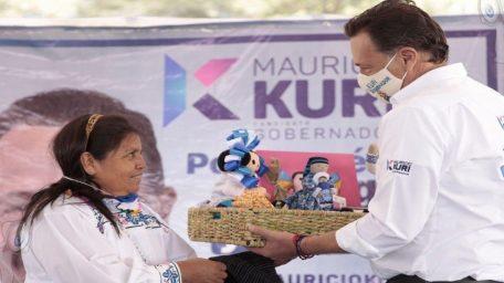 Kuri propone la construcción de un mercado artesanal en Amealco