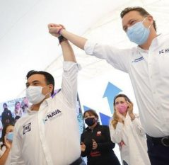 Mauricio Kuri acompañó a Luis Nava en su arranque de campaña