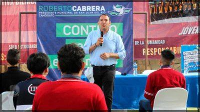 Roberto Cabrera hace equipo con las juventudes para relanzar a San Juan