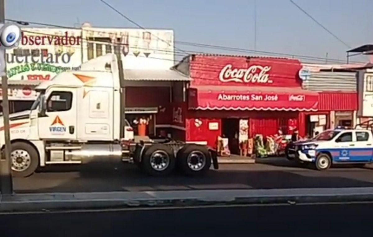 Localizan tractocamiones, cajas secas y mercancía robada en SJR