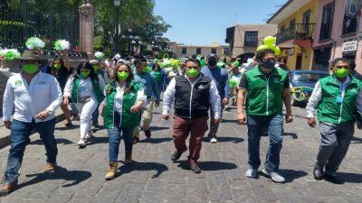 Juan Guzmán se registra como candidato a la alcaldia en Huimilpan por el PVEM