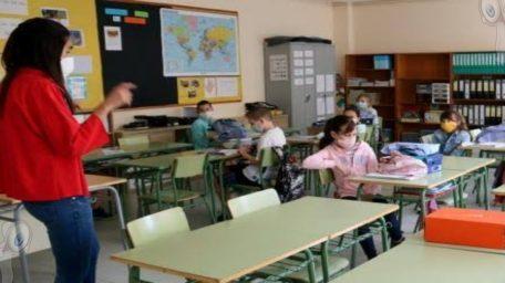 Prevén vacunación para maestros del 19 al 28 de mayo en Querétaro