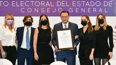 Recibe Mauricio Kuri constancia de mayoría como gobernador del estado de Querétaro