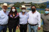 SEDEA entrega apoyos de equipamiento a ganaderos de Colón
