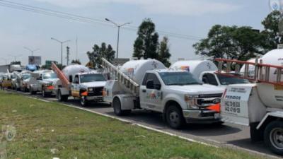 Concesionarios de gas LP se manifiestan en zona metropolitana de Querétaro