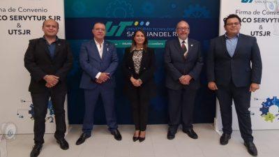 CANACO firma convenio de colaboración con la UTSJR