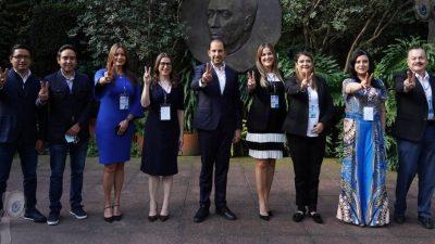 Presenta Marko Cortés registro de refrendo como dirigente nacional del PAN
